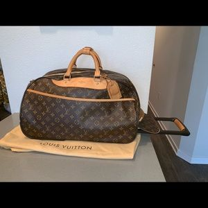 Authentic Louis Vuitton eole 50 rolling luggage